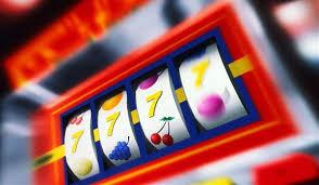 kak-vygrat-igravoj-avtomat-igraj-bez-riska